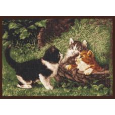 07.001 Котята в корзине