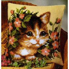Подушка PN-0008527(238) Котенок в цветах