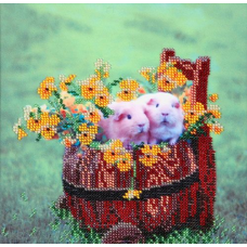 НР-3013 Канва с рисунком для вышивания бисером 'Семейство на лужайке' Hobby&Pro 20*20см