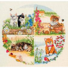 PCE895 ANCHOR Набор для вышивания 'Коты и сезоны' 30х30 см