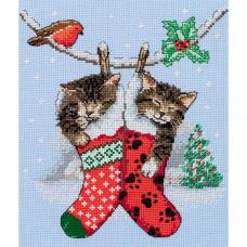 PCE0504 ANCHOR Набор для вышивания 'Рождественские котята' 19,5x16,5 см