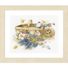 0155028-PN Набор для вышивания LanArte 'Корзина весенних цветов' 39x32 см