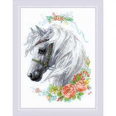 1804 Белогривая лошадка