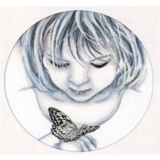 М176 Девочка и бабочка