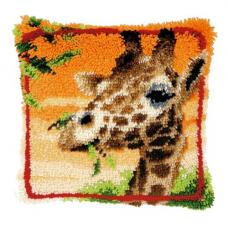 PN-0147957 Подушка Жираф, жующий листья