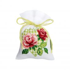 PN-0147022 Набор для вышивания Vervaco саше 'Розы в сердце' 8*12см